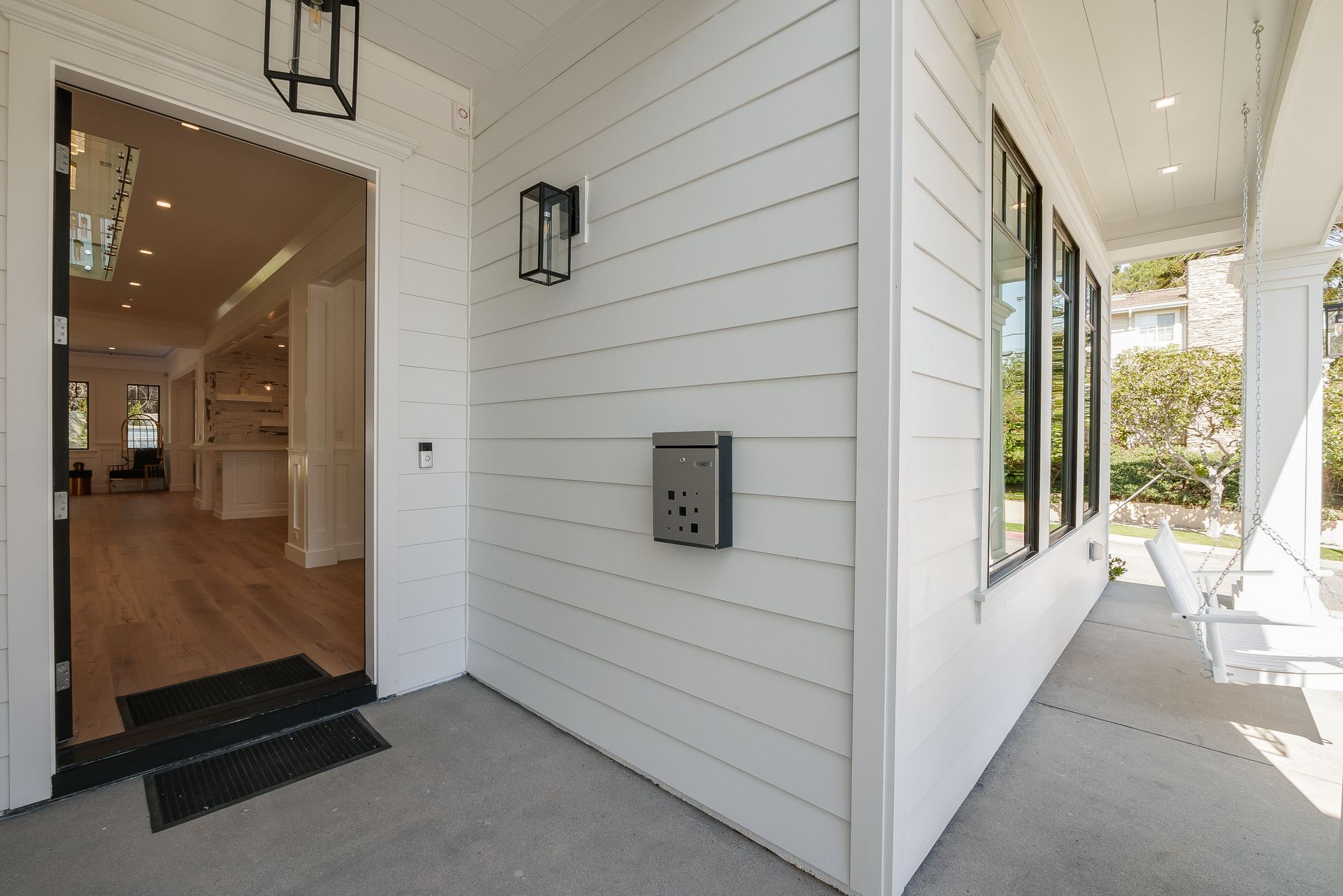 2303 bagley,los angeles,California,United States 90035,House,bagley,1042