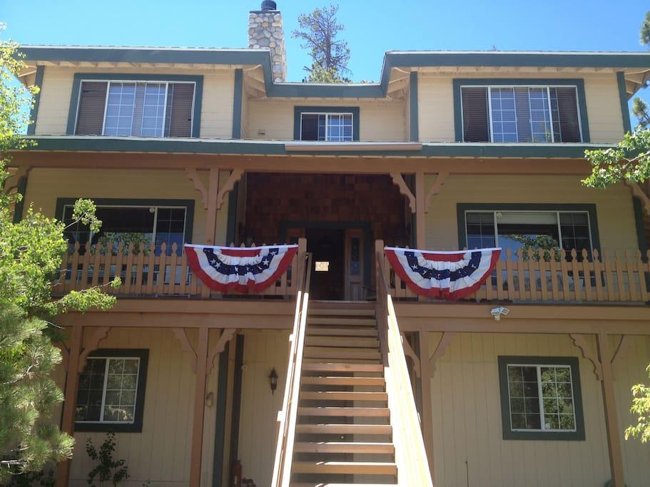 38977 Big Bear Blvd.,California,United States 92314,House,Big Bear Blvd. ,1029